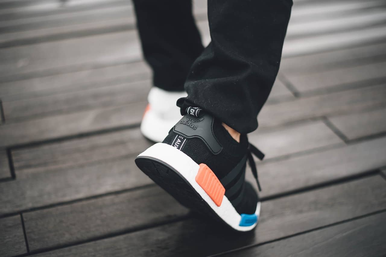 Running shoes for marathon